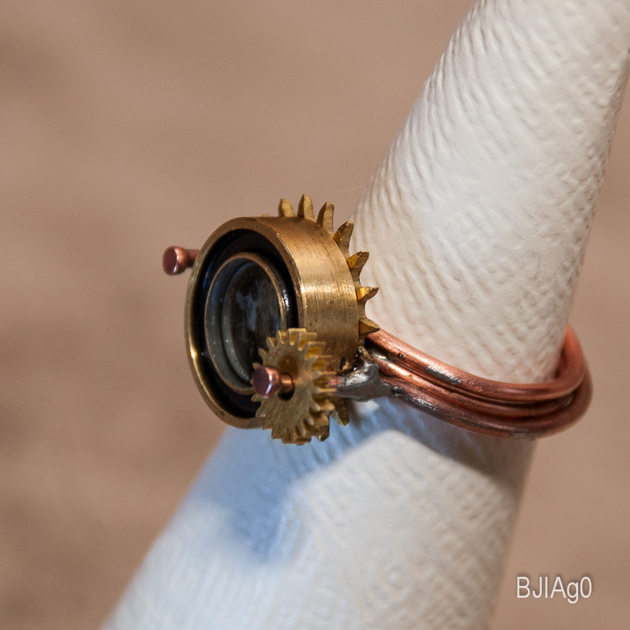 Кольцо Цилиндр с сиянием и звездой